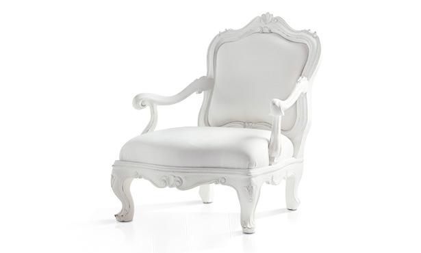 FA551 - Armchair carved