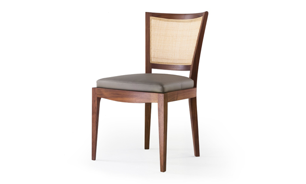 L309 - Chair upholstered with Wiener straw back