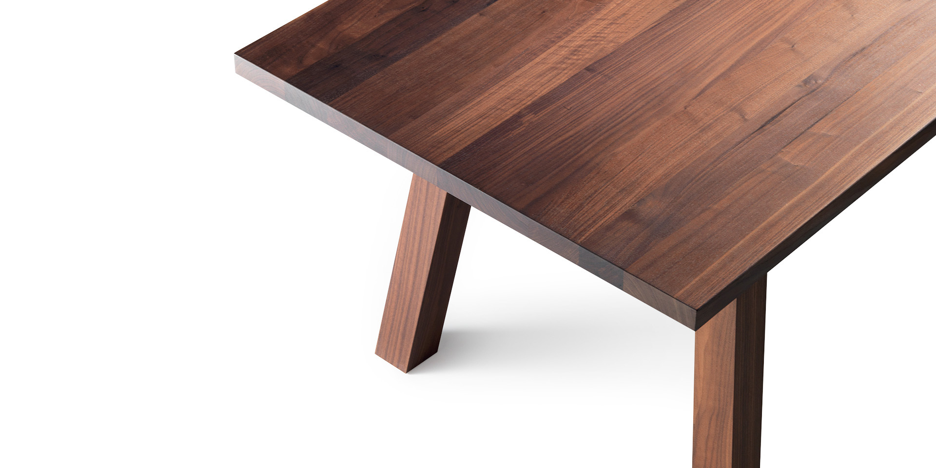 Accento table - oiled walnut